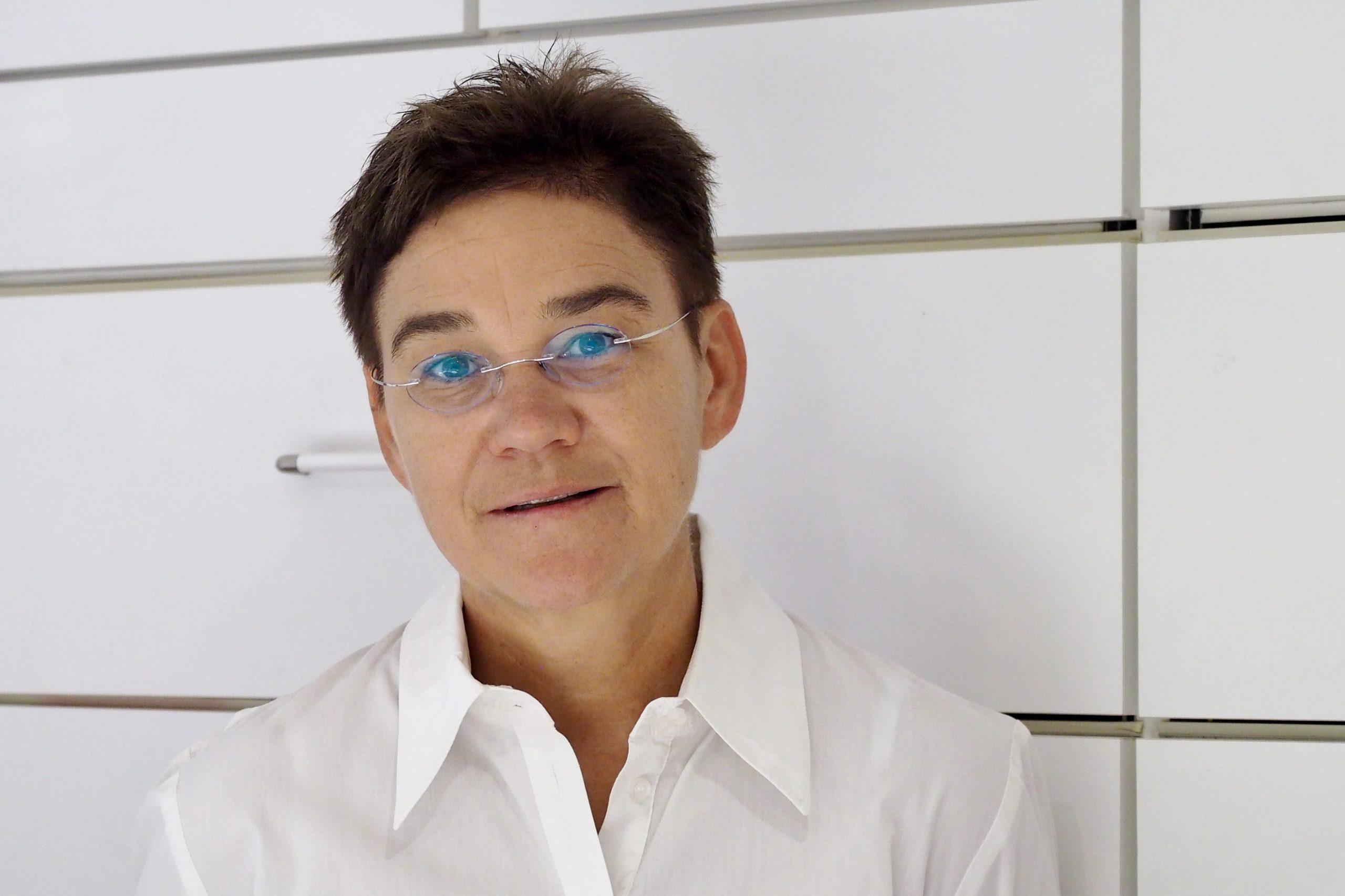 Frau Dr. S. Boremski